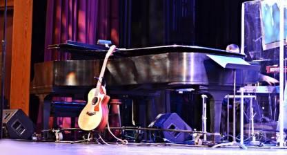 piano and guitar shot